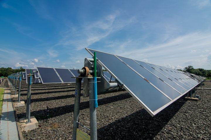 Centrale solaire : les panneaux solaires