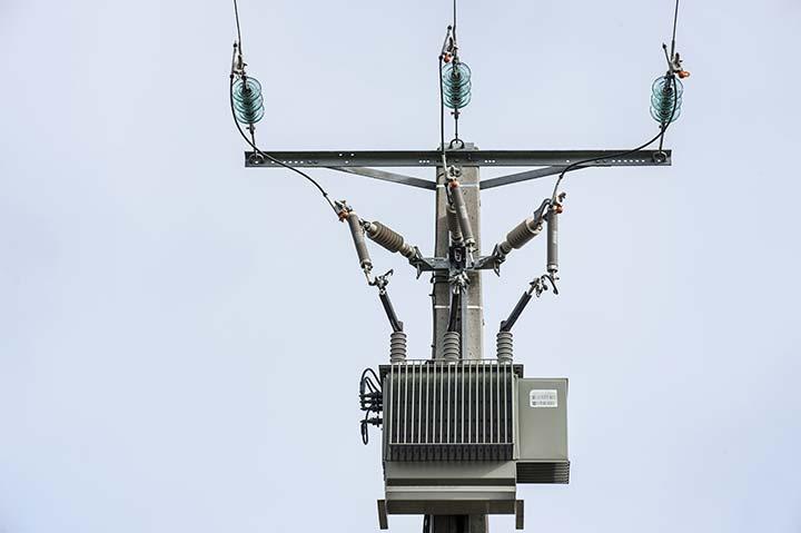 Transformateur électrique réseau