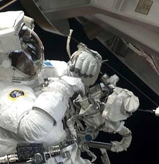 Station spatiale brancher différence d'âge dans la datation Yahoo