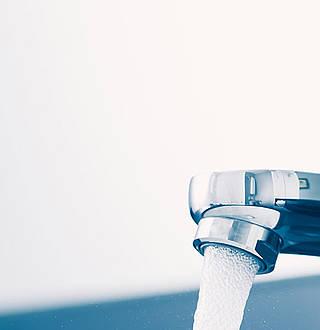 eau chaude sanitaire comment faire des conomies d nergie direct energie. Black Bedroom Furniture Sets. Home Design Ideas