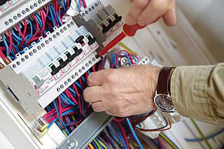 Pourquoi mettre aux normes un tableau électrique ?